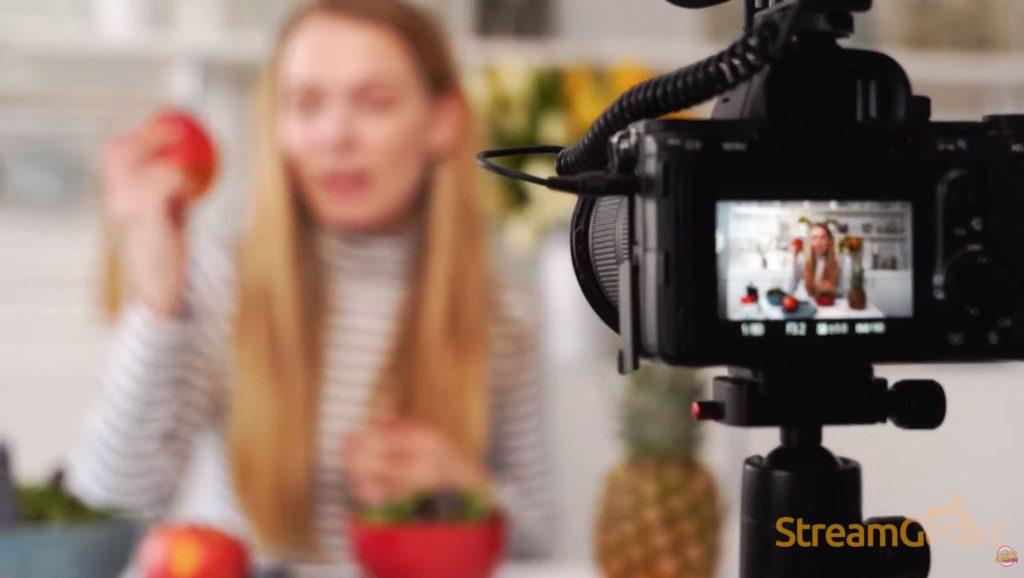 DSLR camera for live streaming